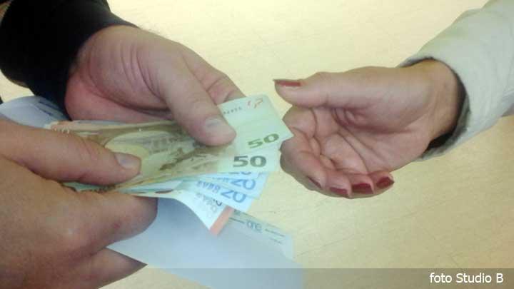 korupcijamitonovac09122015.jpg