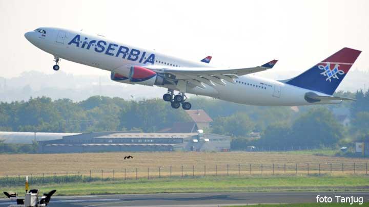 erbas-ersrbija-let-prvi-let-za-sad