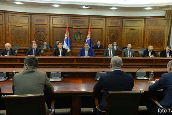 vucic-vlada-srbi-kosovo