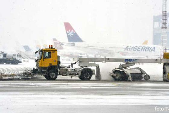 aerodrom-beograd-sneg