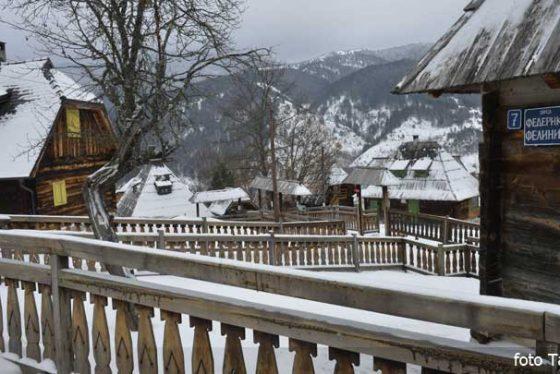 kustendorf-mokragora-tara-zima-srbija