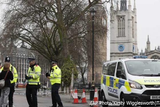 london-napad-policija
