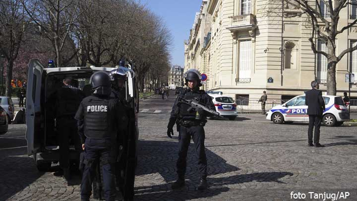 mmf-francuska-policija