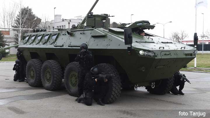 oklopno-vozilo-vojska