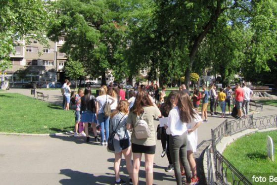 obilazak-mladi-grad-turisti