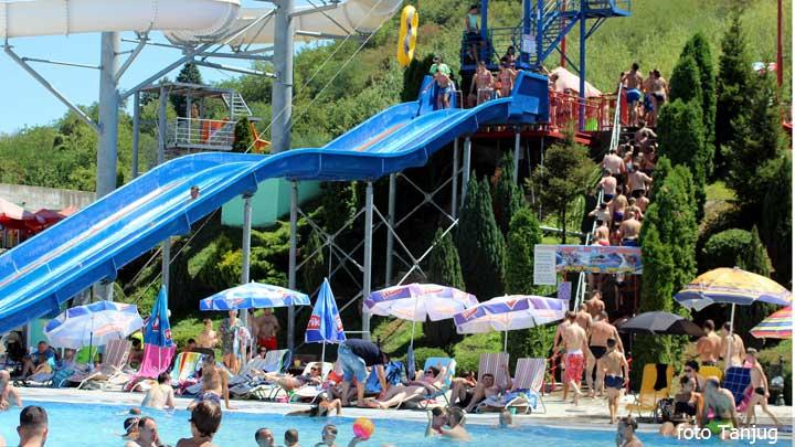 vrucine-bazen-akvapark-leto