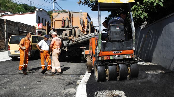 ugrinovacka-ulica-asfalt-bi
