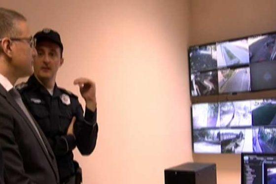Zemun-pokrivanje-policija.jpg-greb