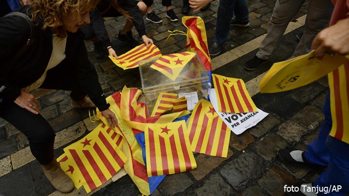 katalonija-referendum-kutija
