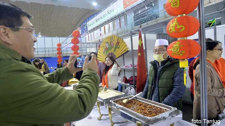 bazar-kineska-hrana-tanj