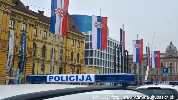 hrvatska-zastave-srbija