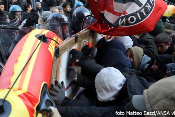 italija-protest-sukobi-ap-photo