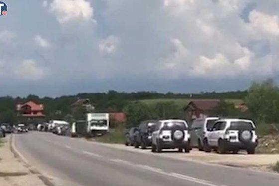 albanci-blokirali-petric-kosovo