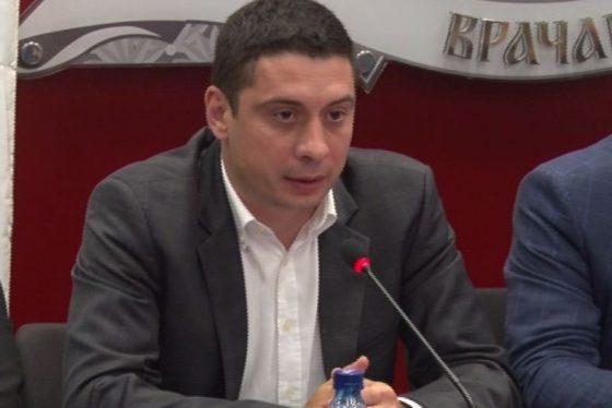 Vracar - izjava otvaranje saltera - Dragomir Petronijevic - clan gradskog veca thumbnail