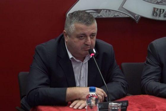 Vracar donacija Dragi Lukic - predsednik crvenog krsta thumbnail