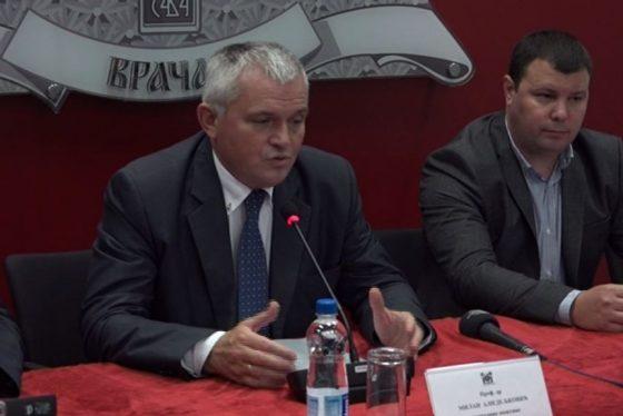 Vracar donacija Milan Nedeljkovic - predsednik opstine vracar thumbnail