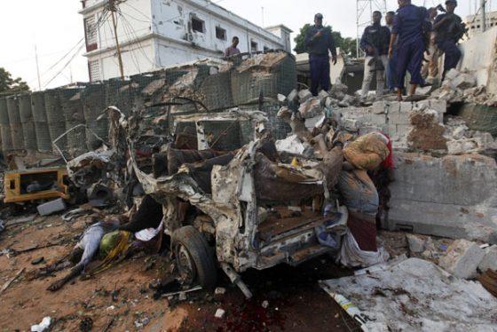 mogadis-bomba,-tanjug-(AP-PhotoFarah-Abdi-Warsameh)