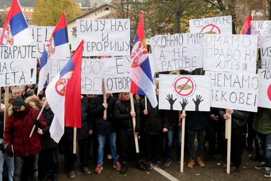 protest-srbi-na-kim-FOTO-TANJUG-SAVA-RADOVANOVIC-bk