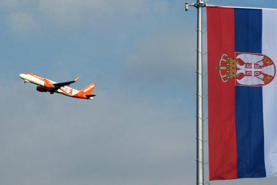 zastava-aerodrom-srbija-.-FOTO-TANJUG--FILIP-KRAINCANIC