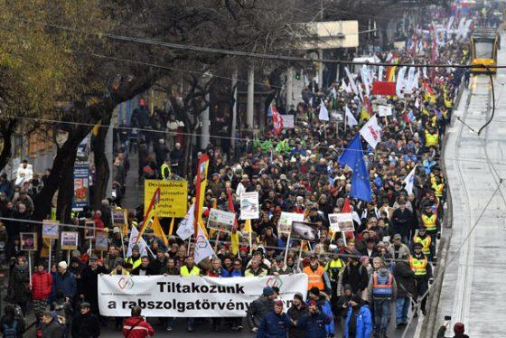 Madjarska-protesti-tanj