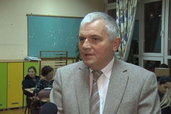 Vracar - podela racunara CH Milan Nedeljkovic predsednik GO Vracar thumbnail