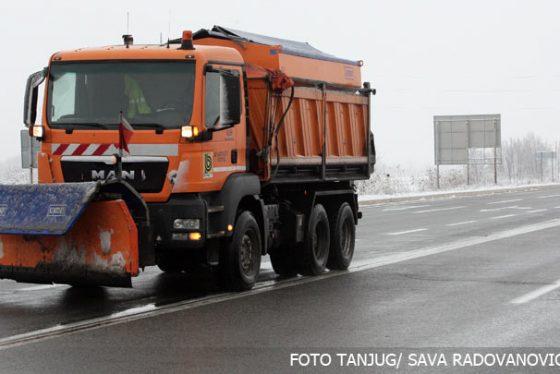 sneg-cistac-ulica